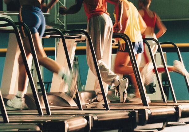 treadmill runner 615x431 Trčanje na traci: za i protiv