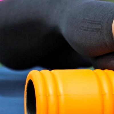 Foam roller – šta je i zašto ga trebate ukomponovati u trening?