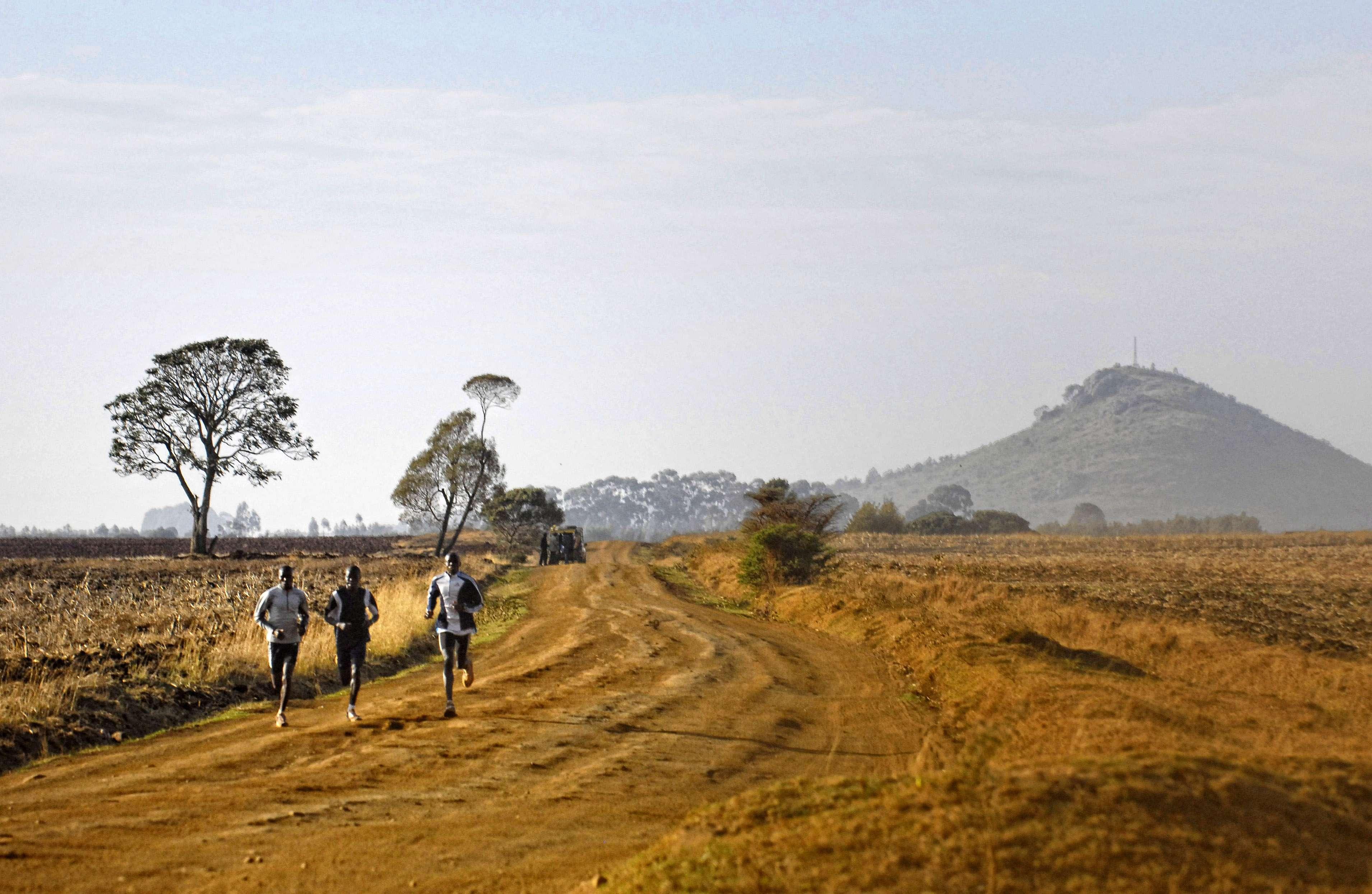 Vežbaj da trčiš brže: Kako da se ubrzam i popravim vreme na polumaratonu?